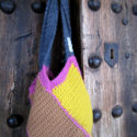 Bolso de colores de crochet